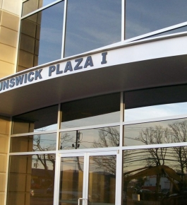 Brunswick Plaza, NJ 1 Alumiframe