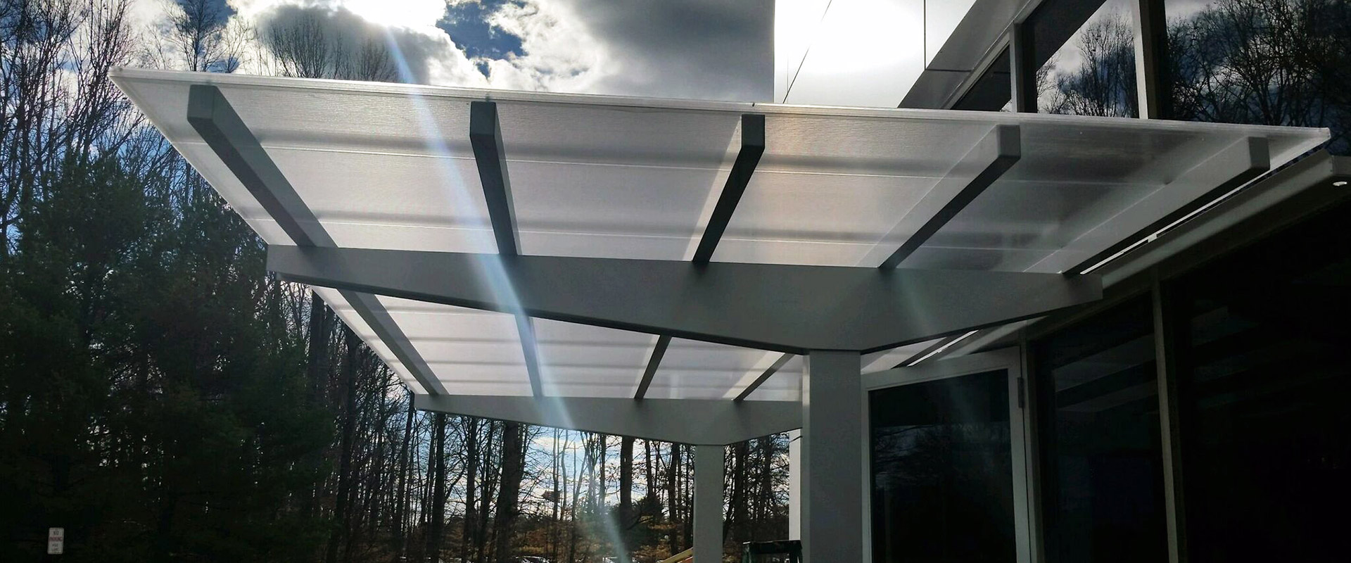 Louver Canopy, Metal Building Canopies and Modern Glass Canopy System